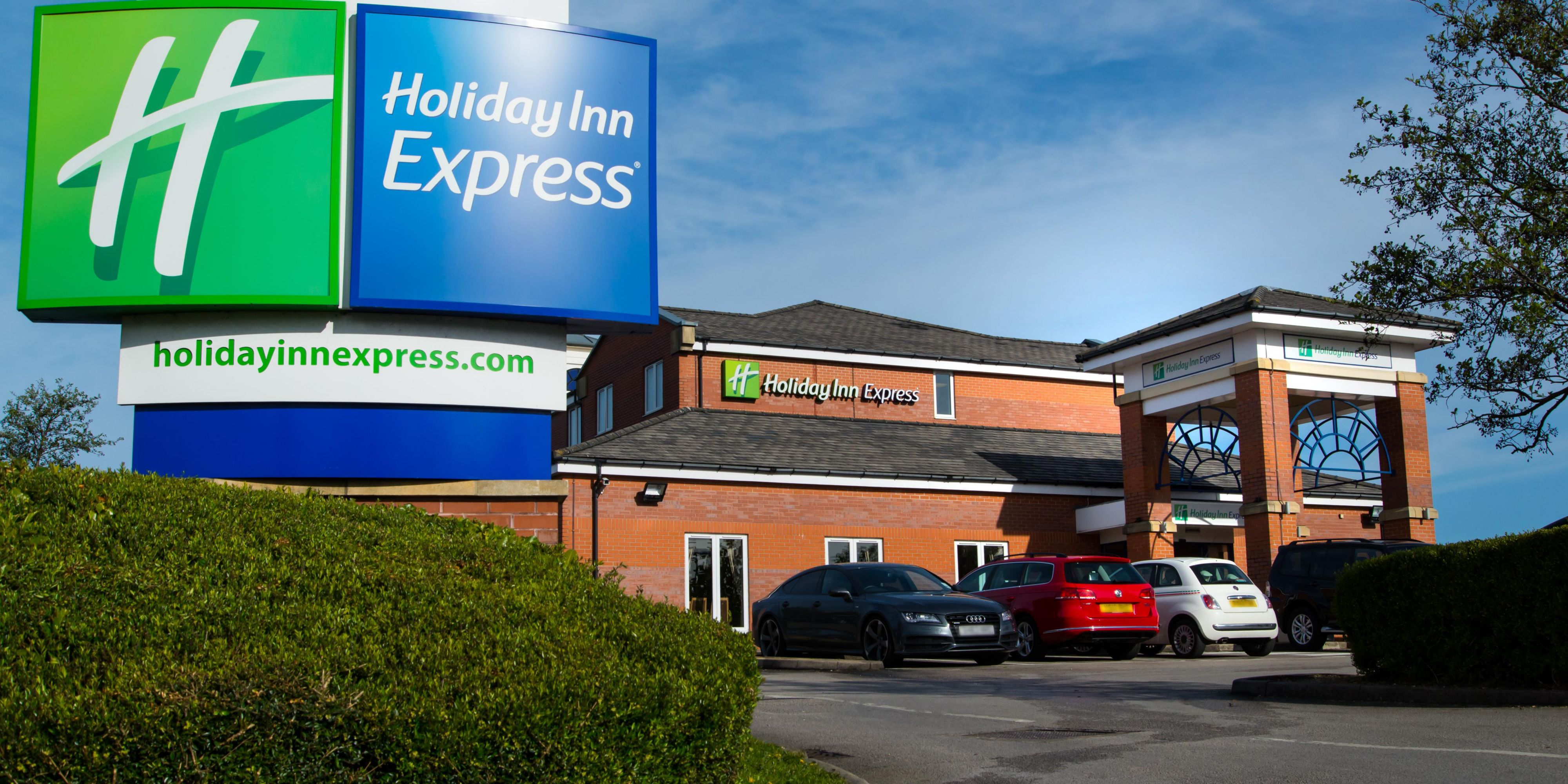 holiday-inn-express-manchester-3866819482-2x1